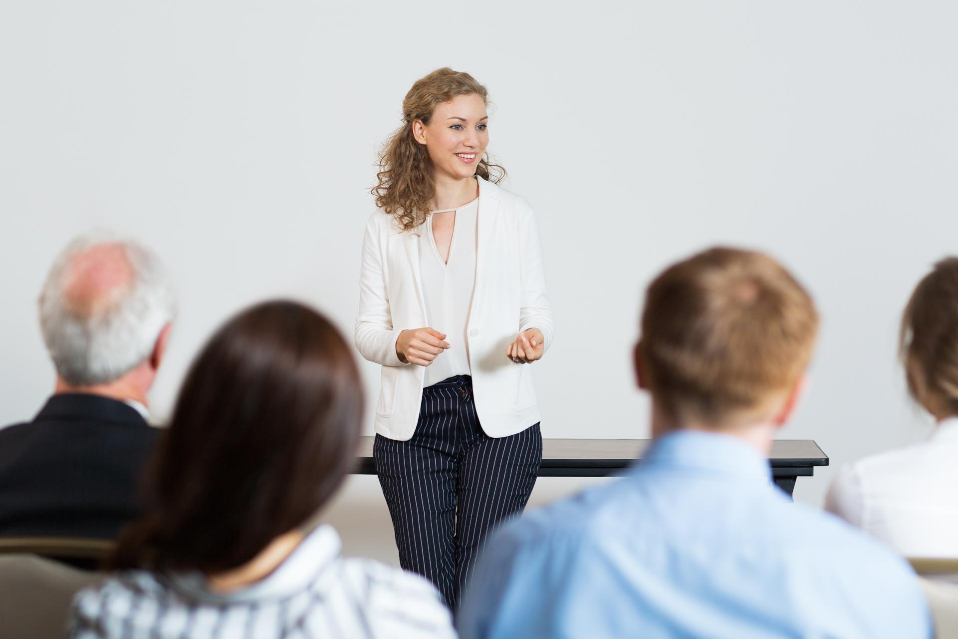 Oratória: Aprenda 4 técnicas para falar bem em público
